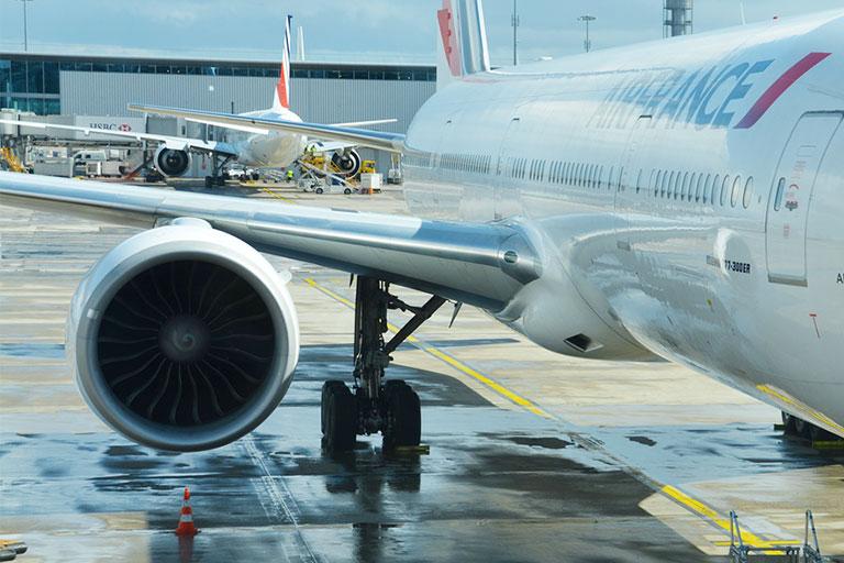 Flyvingesamling med indbygget svaghed