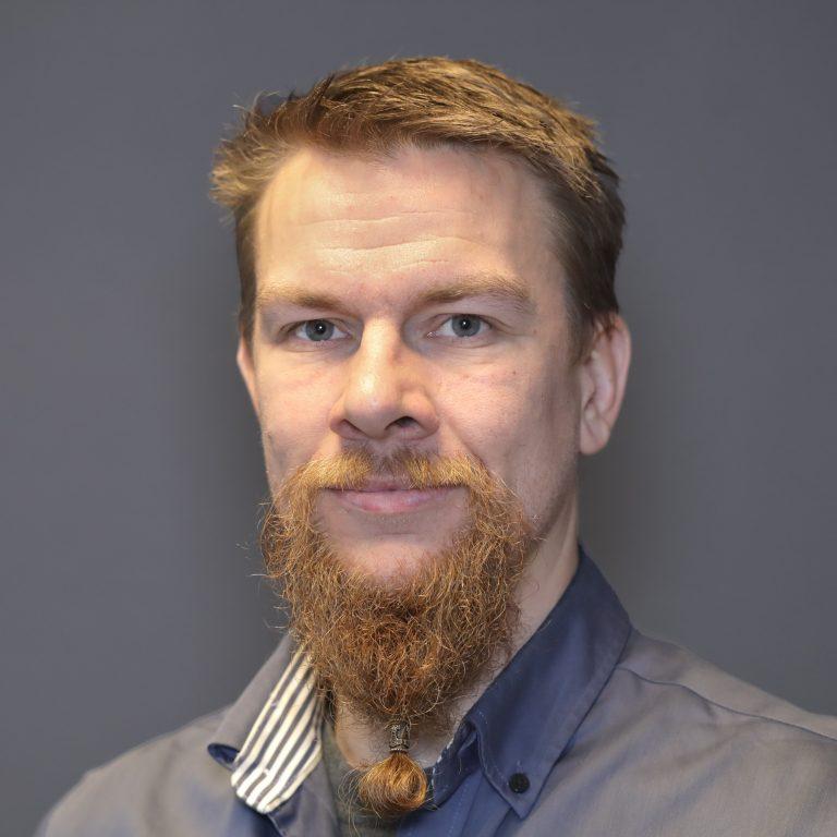 Dennis Hvam
